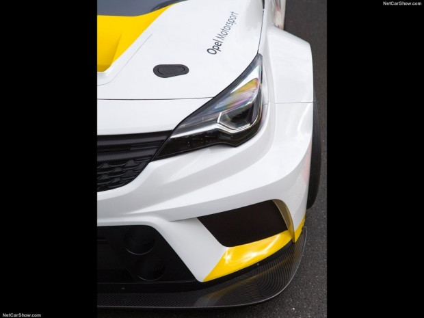 Opel Astra TCR (2016) - Page 2