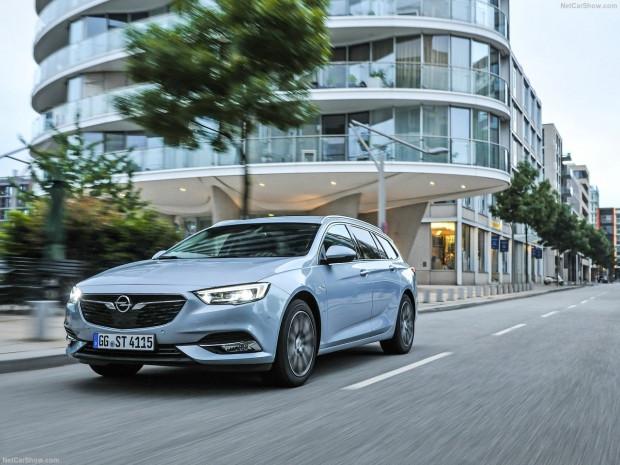 Opel Insignia Spor Turist 2018 - Page 1