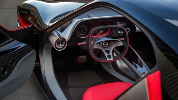 Opel KITT gibi konuşan akıllı araba yaptı - Page 2