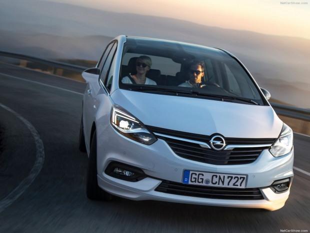 Opel Zafira 2017 - Page 3