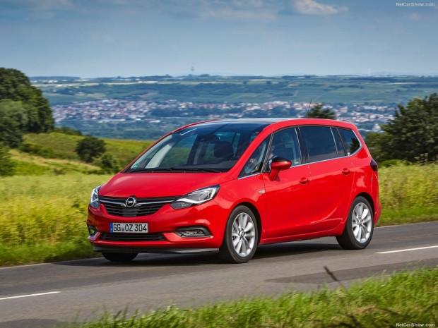 Opel Zafira 2017 - Page 4