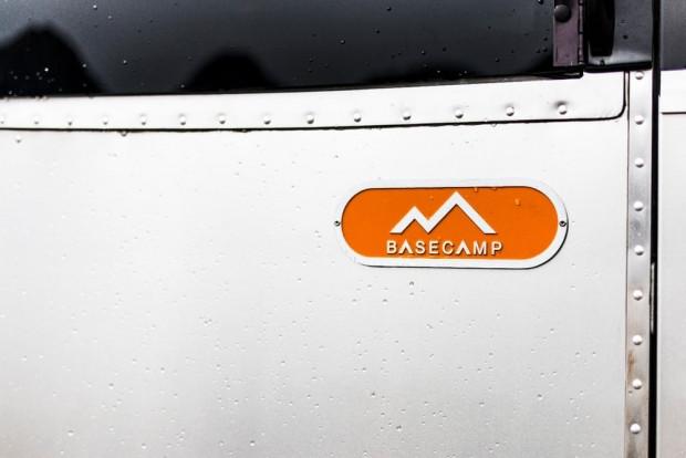 Otelden konforlu Airstream Basecamp - Page 1