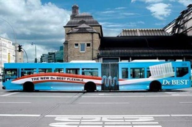 Otobüslerdeki şaşırtan reklamlar - Page 2