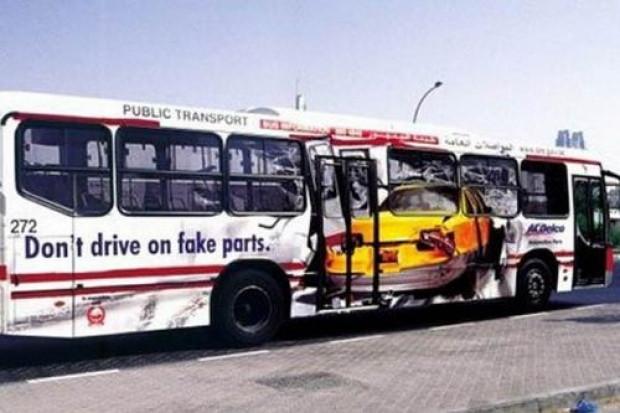 Otobüslerdeki şaşırtan reklamlar - Page 4