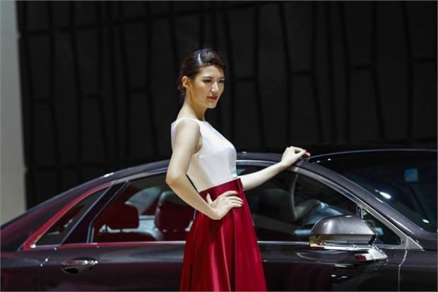Otomobil devleri Çin'de buluştu - Page 1