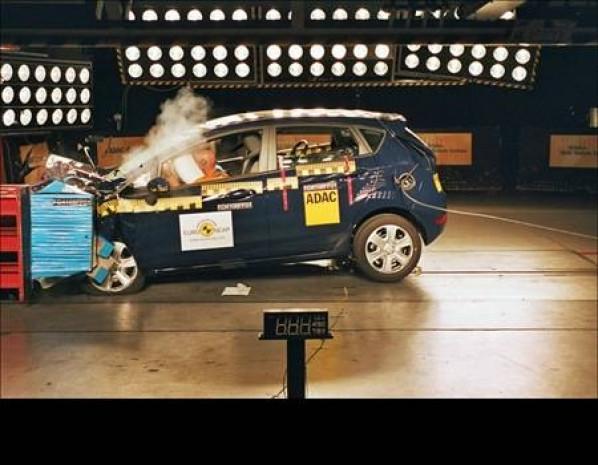 Otomobiller böyle test ediliyor! - Page 2