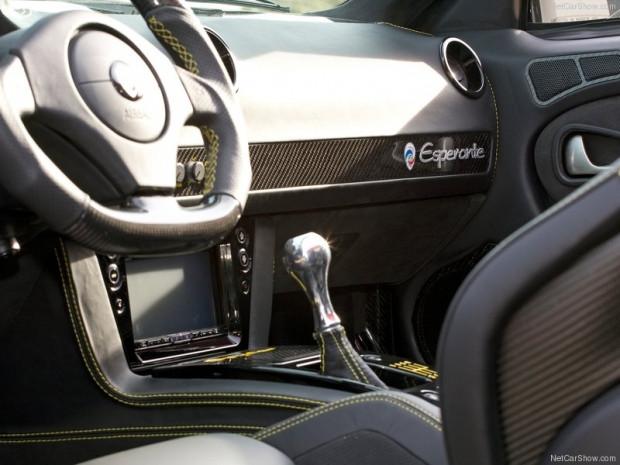 Panoz Esperante Spyder GT 2015 - Page 3