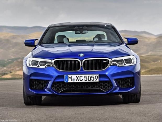 Performansı en yüksek BMW 5 serisinin 2018 versyonu - Page 1