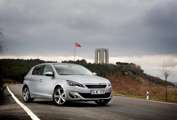 Peugeot 308 1.6 BlueHDi EAT6 - Page 1