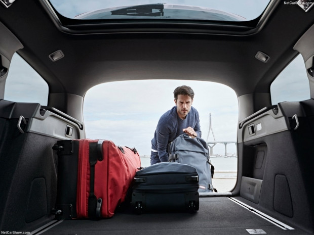 Peugeot 308 SW 2018 - Page 1