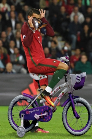 Photoshop'çular Ronaldo'yu madara etti - Page 1