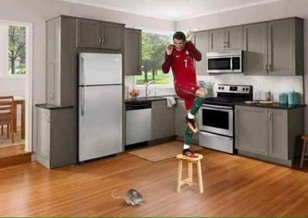 Photoshop'çular Ronaldo'yu madara etti - Page 2
