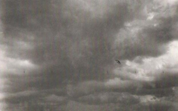 Photoshop'tan önce çekilmiş oldukça eski UFO fotoğrafları - Page 3