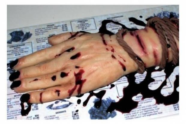 Psikopat aşçıdan korkunç pasta sanatı! - Page 1