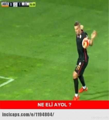 Podolski'nin Başakşehir maçında eliyle düzeltip attığı gol sosyal medyada olay oldu! - Page 1
