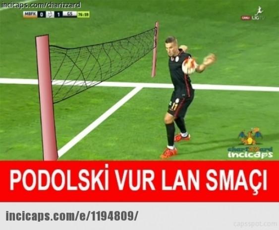 Podolski'nin Başakşehir maçında eliyle düzeltip attığı gol sosyal medyada olay oldu! - Page 2