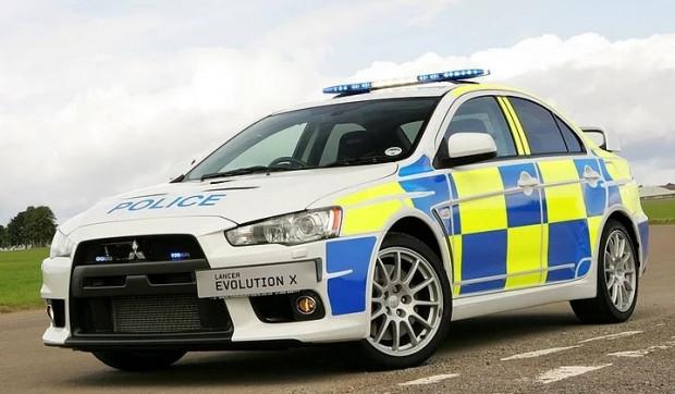 Polisler tarafından kullanıldıklarına asla inanamayacağınız 19 süper otomobil - Page 2