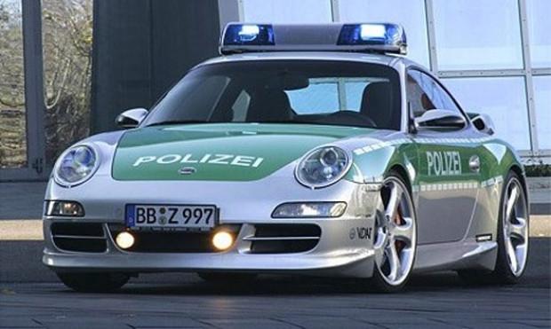 Polislerin göz alıcı oyuncakları - Page 4