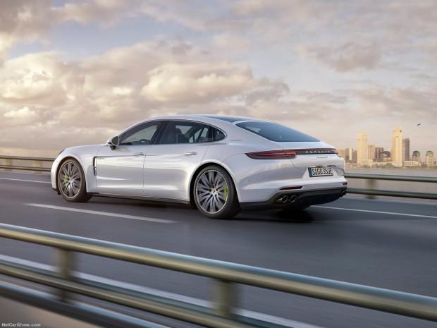 2017 model Porsche Panamera Executive! - Page 1
