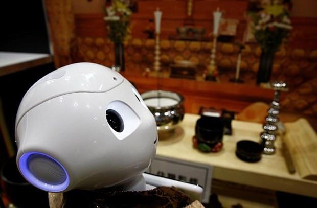 Rahipleri işsiz bırakacak robotlar geliyor! - Page 1