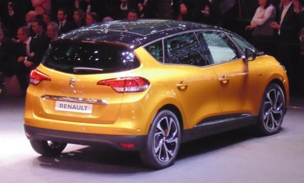 Renault Cenevre'yi salladı! İki dünya prömiyeri yapılıyor - Page 1