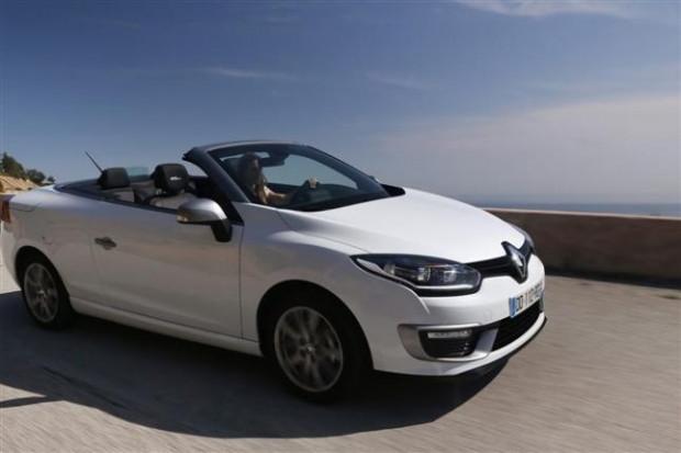 Renault Megane CC karşınızda - Page 1