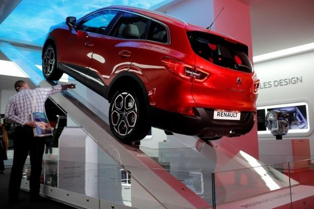 Renault'nun yeni 'crossover'ı Cenevre'de - Page 4