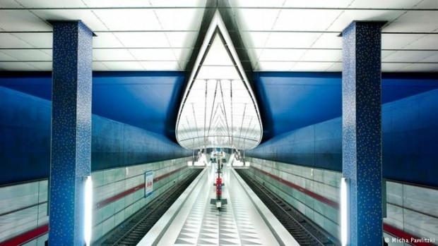 Renkli metro istasyonları - Page 2
