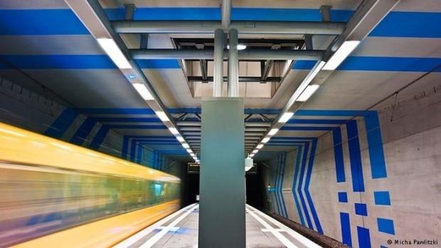 Renkli metro istasyonları - Page 3