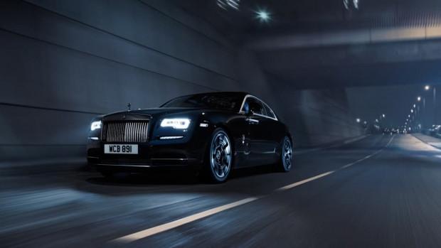Rolls-Royce siyahın asaletini güçle birleştirdi - Page 2
