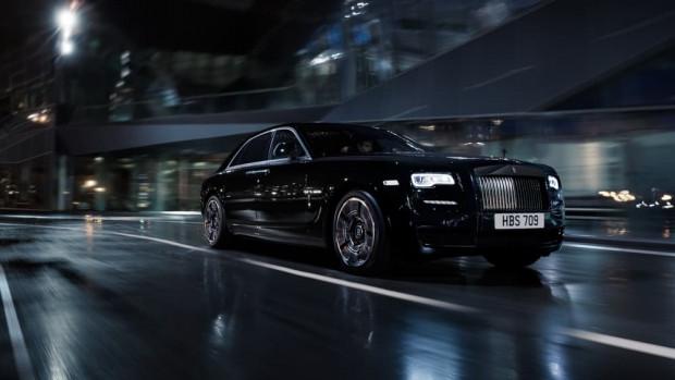 Rolls-Royce siyahın asaletini güçle birleştirdi - Page 3