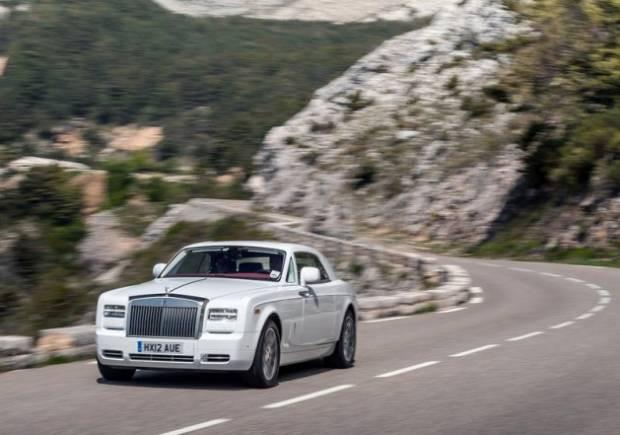 Rolls-Royce  yeni starı Phantom Coupe'yi tanıttı! - Page 2