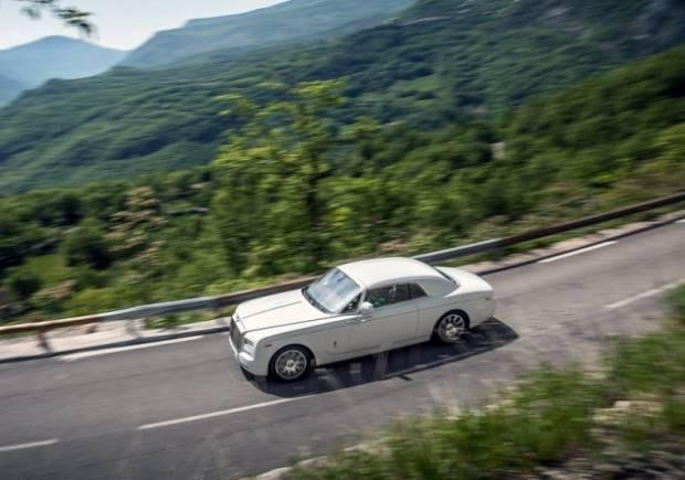 Rolls-Royce  yeni starı Phantom Coupe'yi tanıttı! - Page 4