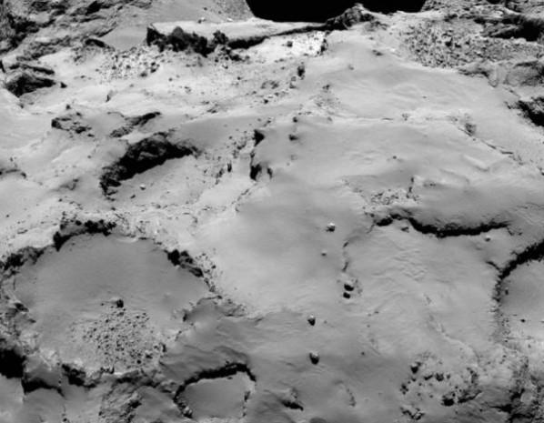 Rosetta uzay aracından ilk görüntüler! - Page 2