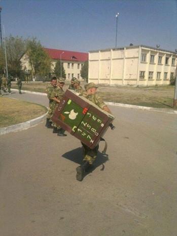 Rus ordusunda sıra dışı ceza yöntemleri! - Page 1