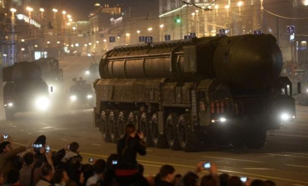 Rusya ürküten savaş teknolojilerini sergiliyor! - Page 2