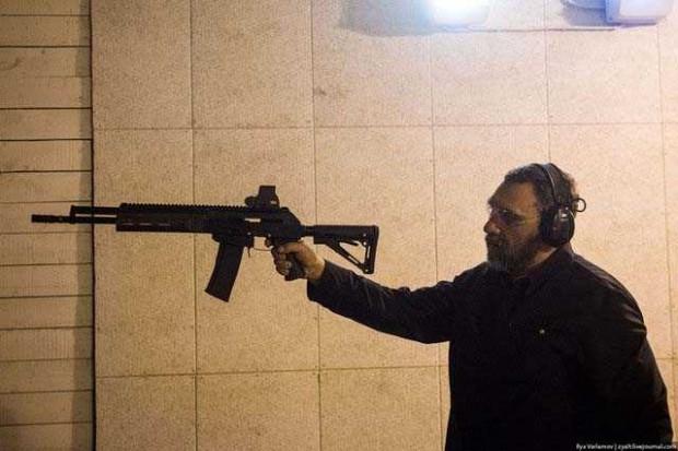 Rusya'nın sembol silahı AK-47 nasıl üretiliyor? - Page 1