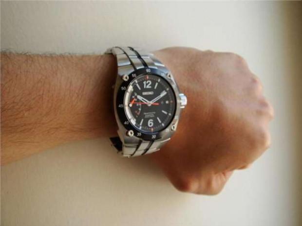 Saatin neden sol kola takıldığını merak ettiniz mi? - Page 2