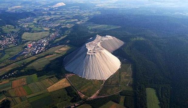 Saatte 900 ton büyüyen tuz dağı - Page 4