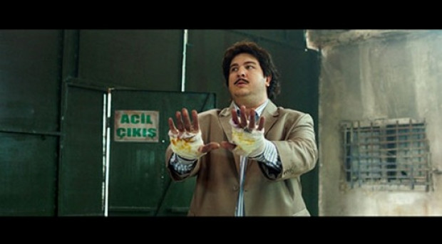 Şahan Gökbakar'ın yeni filmi Osman Pazarlama'dan ilk kareler - Page 1