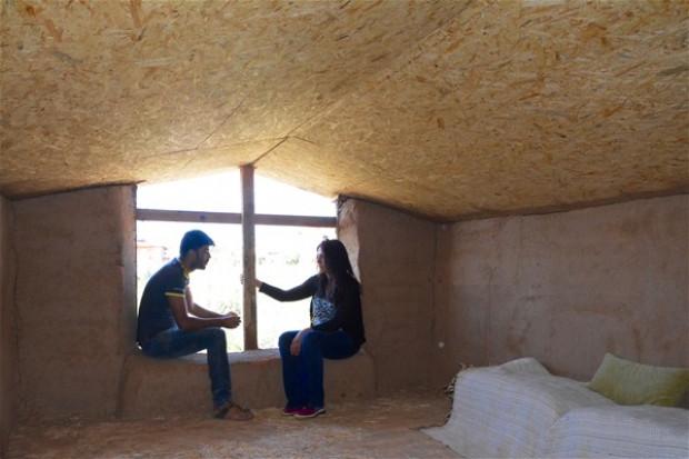 Saman balyaları ve çamurdan natürel ev yaptı - Page 3