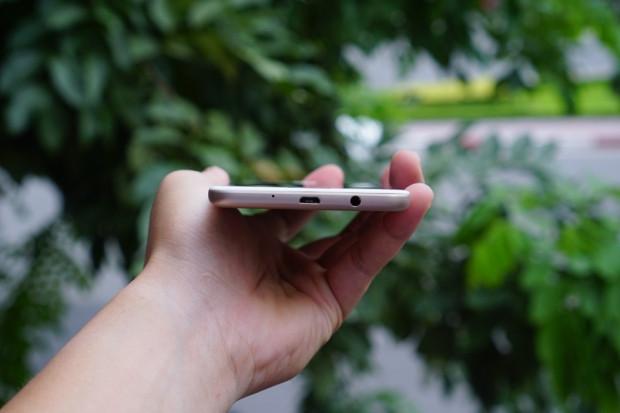 Samsung Galaxy J7 Prime'ın resmi görüntüleri - Page 3
