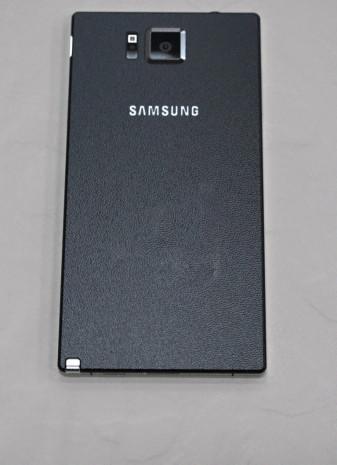 Samsung Galaxy Note 4'den yeni görüntüler sızdı! - Page 2