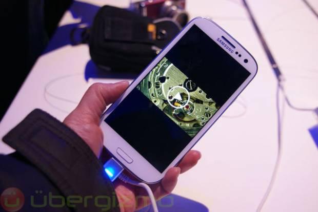 Samsung Galaxy S III'ten ilk görüntüler - Page 2
