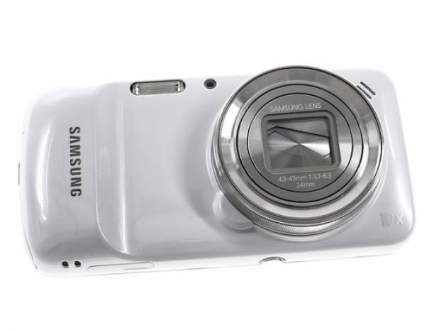 Samsung Galaxy S4 Zoom'a yakından bakın! - Page 3
