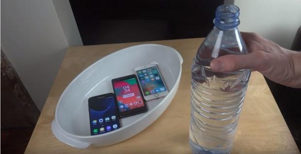 Samsung Galaxy S7, Sony Xperia X ve iPhone 6S 5 saat suda kaldı - Page 1