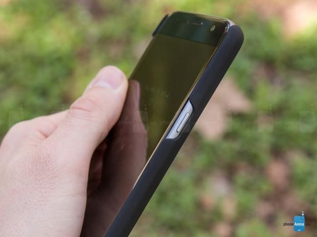 Samsung Galaxy S7 ve S7 Edge için ahşap kılıflar - Page 1