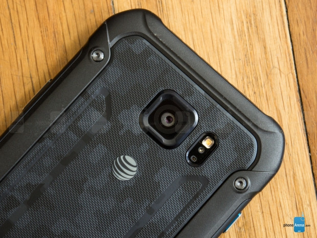 Galaxy S6 Active ve Galaxy S7 Active - Page 1
