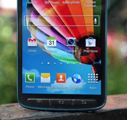 Samsung S4 Active ürün fotoğrafları - Page 4