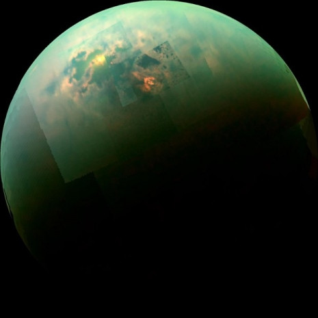 Satürn'de tarihi görev - Page 1